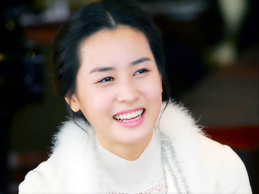 Korean Actress Da Hae Lee Picture Gallery
