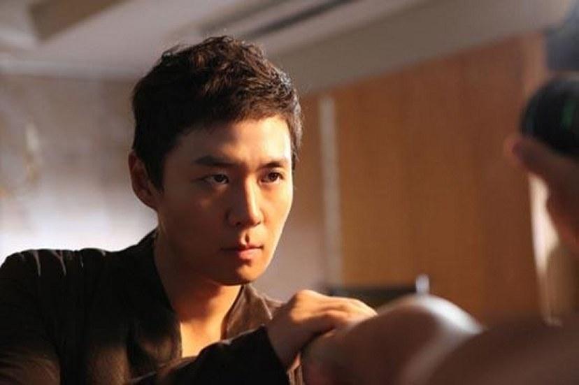 Korean Actor Jung Hoon Yeon Picture Gallery