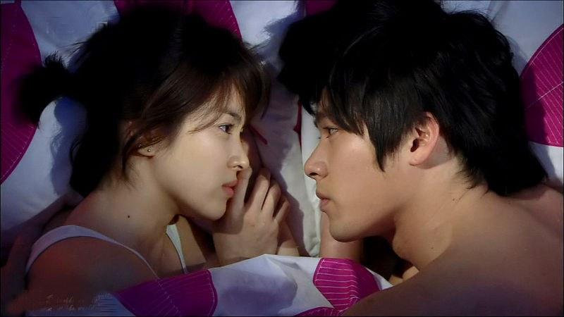 LovingKimchi: Song Hye Kyo and Hyun Bin are off the market!!!  |Song Hye Kyo And Hyun Bin Drama